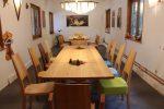 langer Nussbaum Tisch